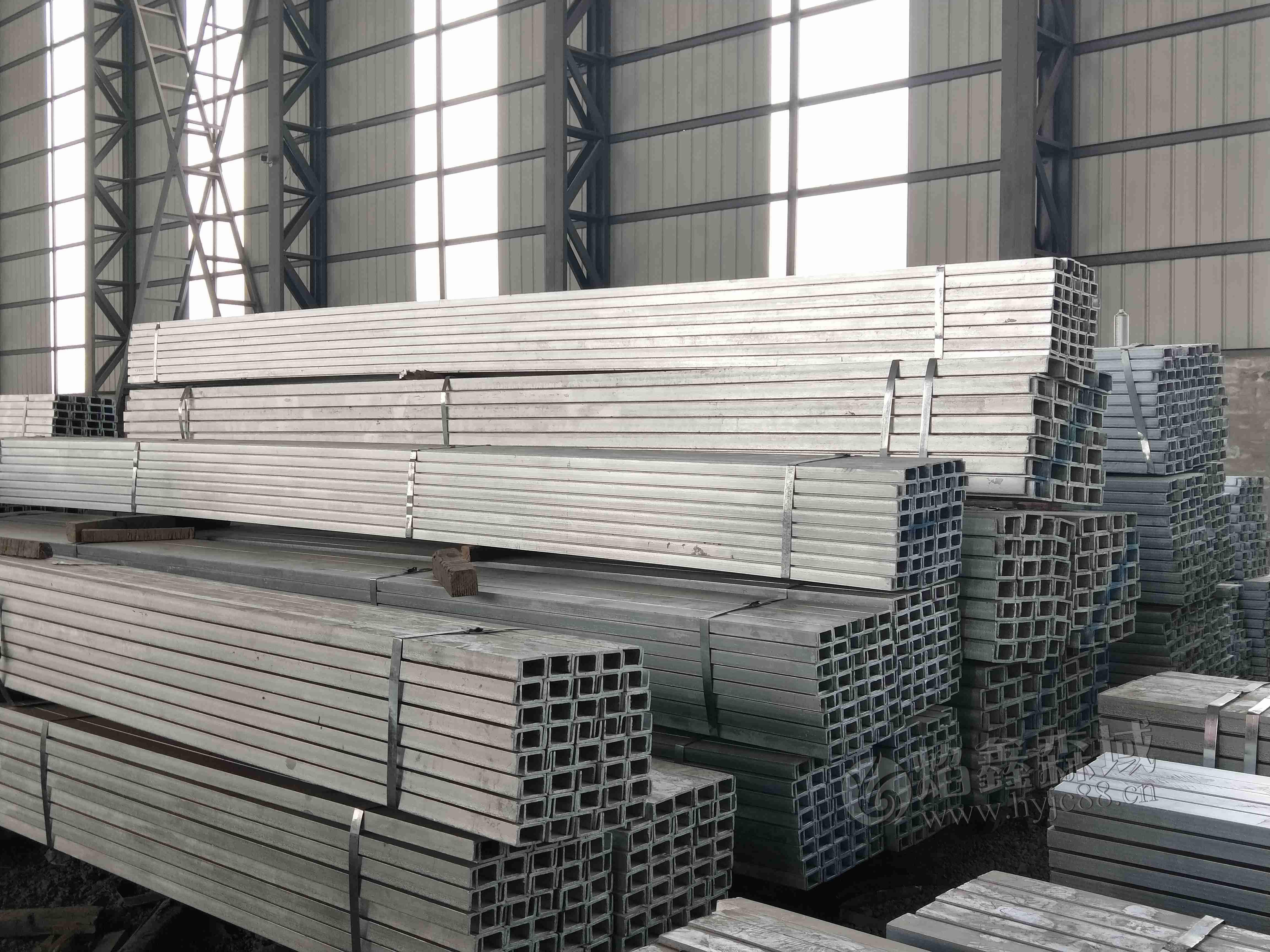 浙江热镀锌槽钢价格及其使用的优势是什么